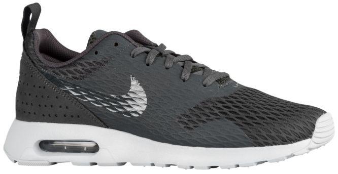 Bequeme Nike Air Max Tavas Sneaker Herren Schwarz