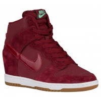 Nike Dunk Sky Hi Essential Damen Basketball Team Rot/Sail/Gum Med Braun