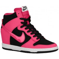 Damen Nike Dunk Sky Hi Essential/Wedge Schwarz/Weiß/Feuerberry Sneakers