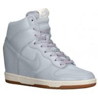 Nike Dunk Sky Hi Essential/Wedge Lt Magnet Grau/Sail/Gum Med Braun Damen Sneakers