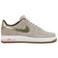 Nike Air Force 1 '07 Low Premium Suede Zeichenfolge/Metallic Gold Damen Streetwear