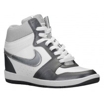 Nike Force Sky High Wedge Weiß/Metallic Dunkel Grau/Metallic Silber Damen Trainers