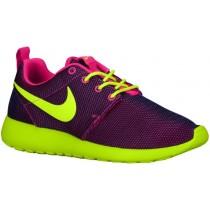 Nike Roshe One Hyper Rosa/Hyper Traube/Schwarz/Volt Damen Runningschuh