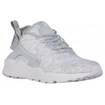 Nike Air Huarache Run Ultra Jacquard Damen Sneakersnstuff Weiß/Metallic Silber/Wolf Grau