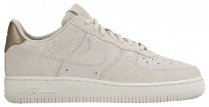 new product 70fbc 25253 Nike Air Force 1  07 Low Premium Suede Gamma Grau Phantom Damen Sneakers