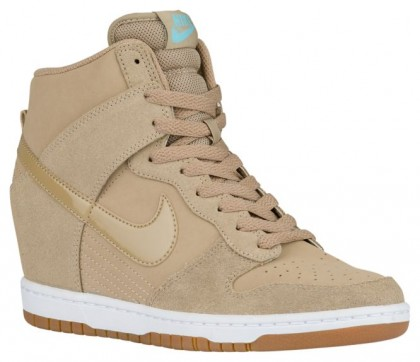 Damen Nike Dunk Sky Hi Essential Wüste Camo/Sail/Gum Med Braun Sportschuhe